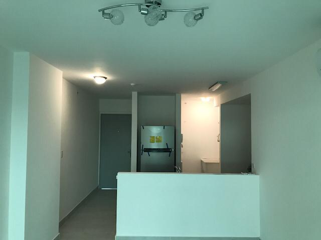 se alquila apartamento en via españa