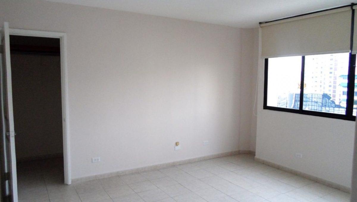 se alquila apartamento en obarrio