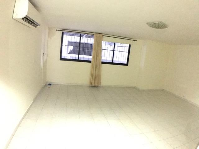 se vende apartamento en avenida balboa